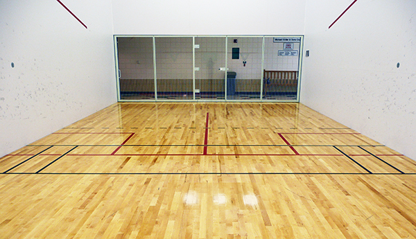 racquetball_court